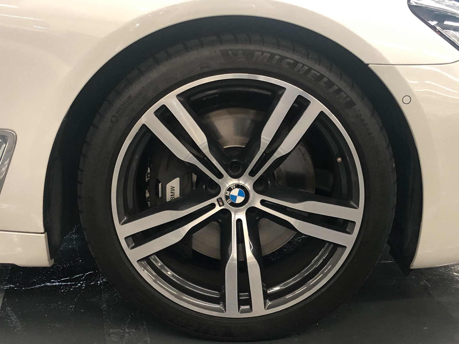 BMW 750LIA M SPORT EDITION - Image 7