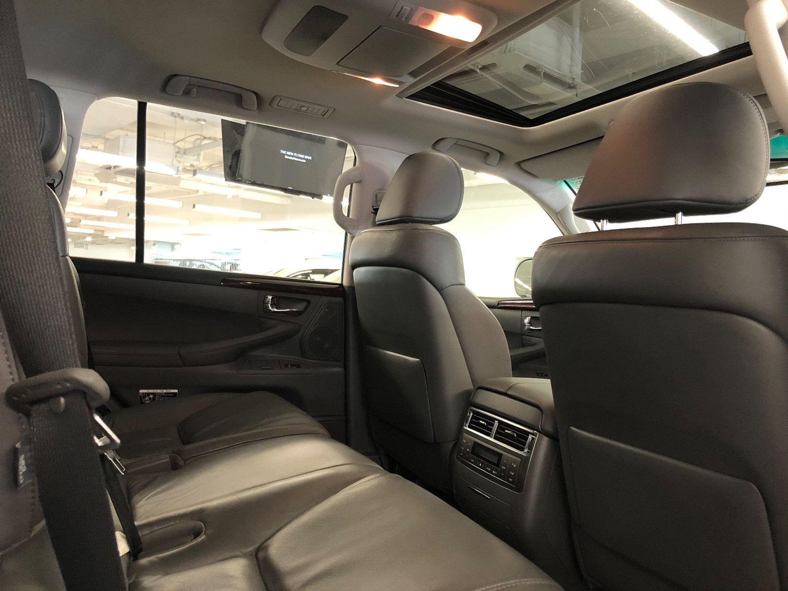 Lexus LX570 F-Sport - Image 5