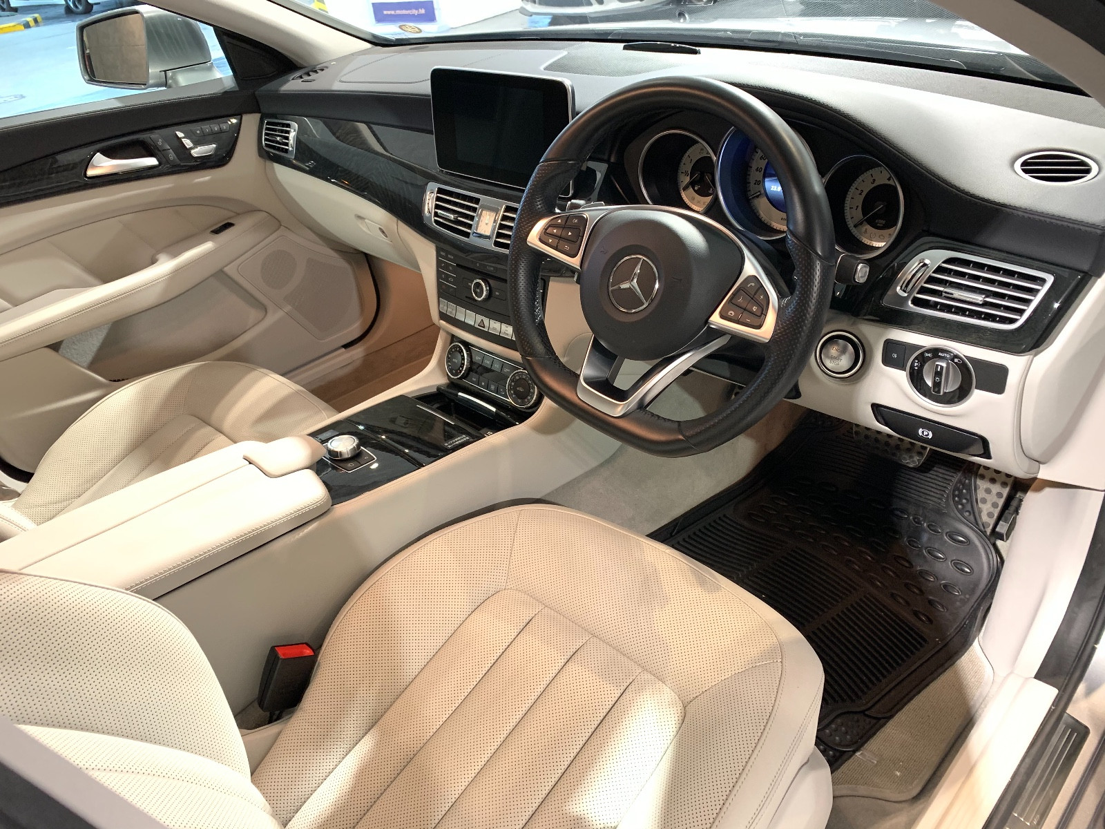 Mercedes-Benz CLS400 AMG - Image 3
