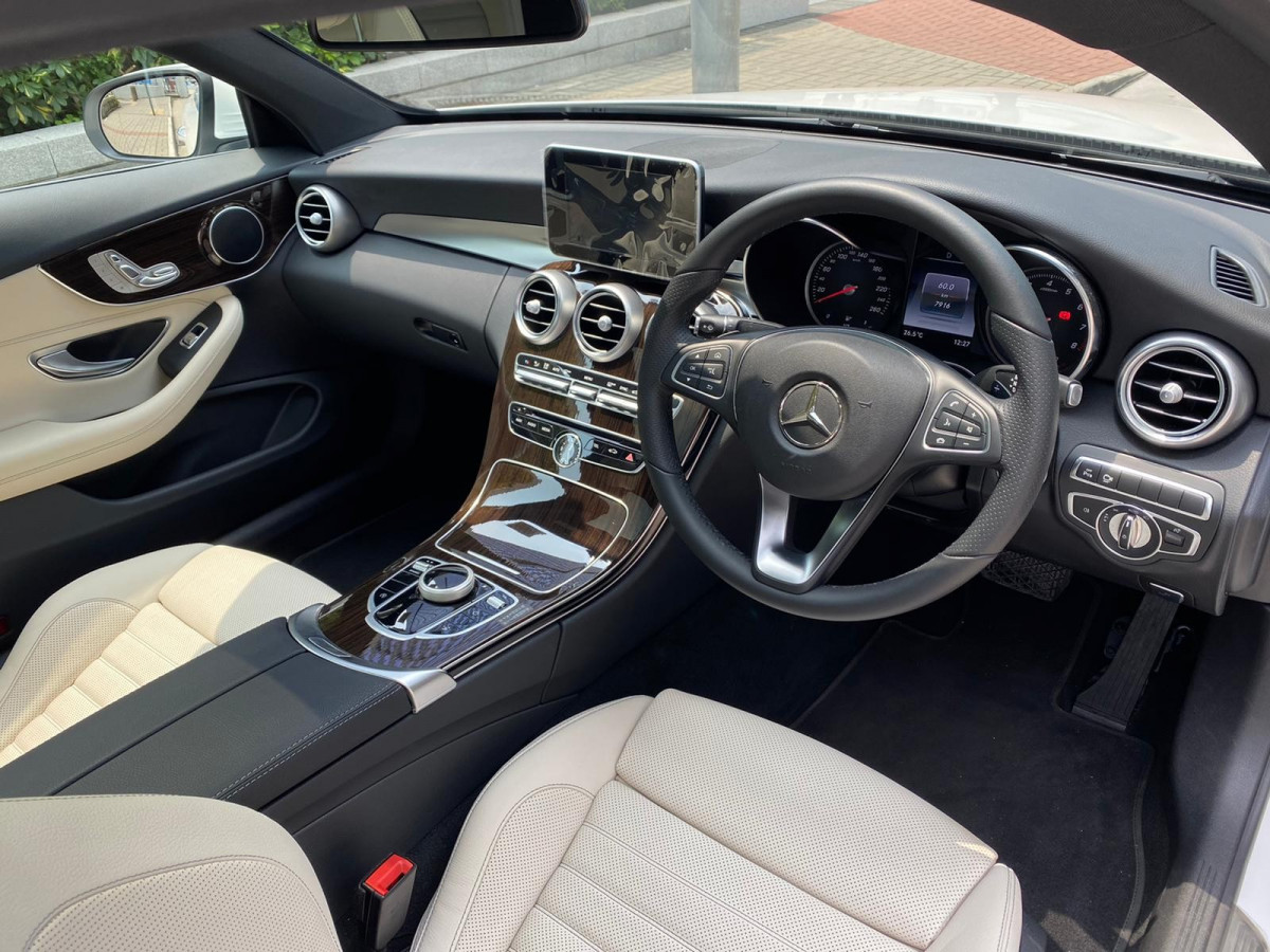 C250 COUPE - Image 4
