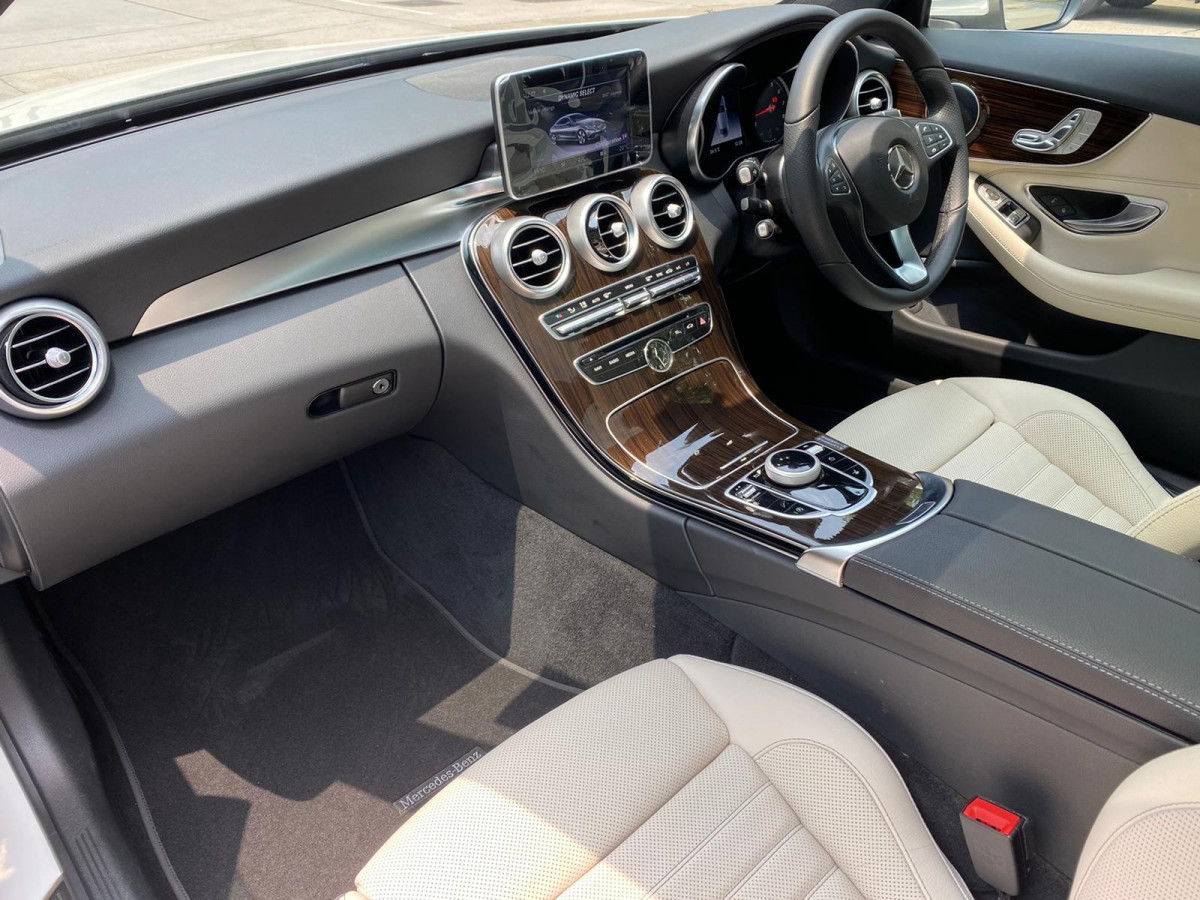 C250 COUPE - Image 5