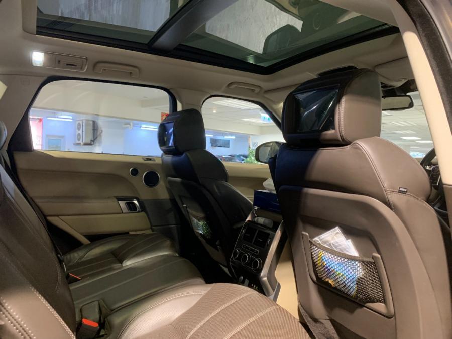 Range Rover Sport 5.0 SC DYN 7Seat - Image 4