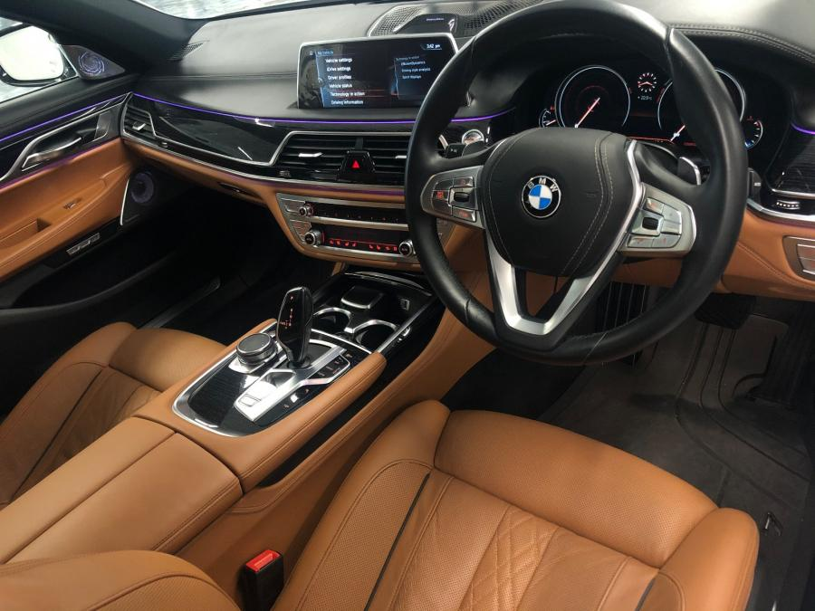 BMW 750LIA M SPORT EDITION - Image 4