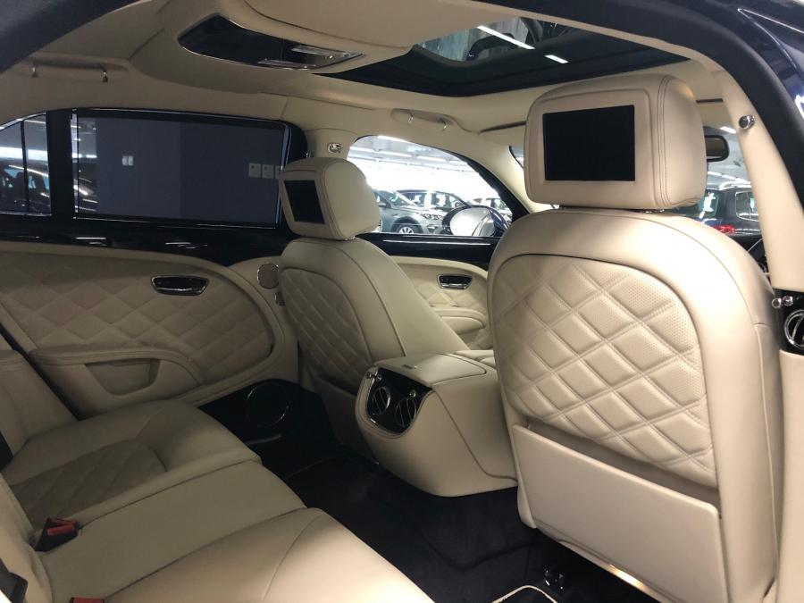 Bentley Mulsanne - Image 4
